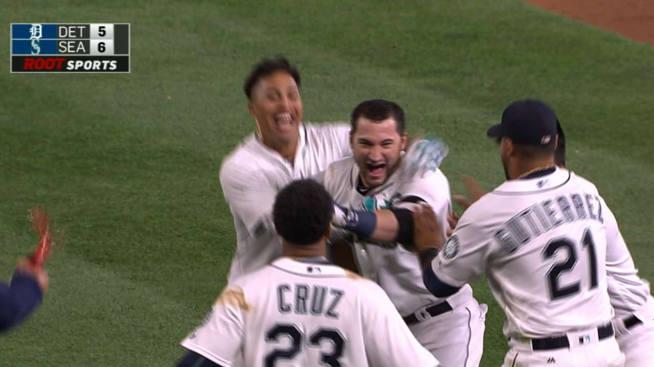 Mariners give Tigers 15th inning of pain