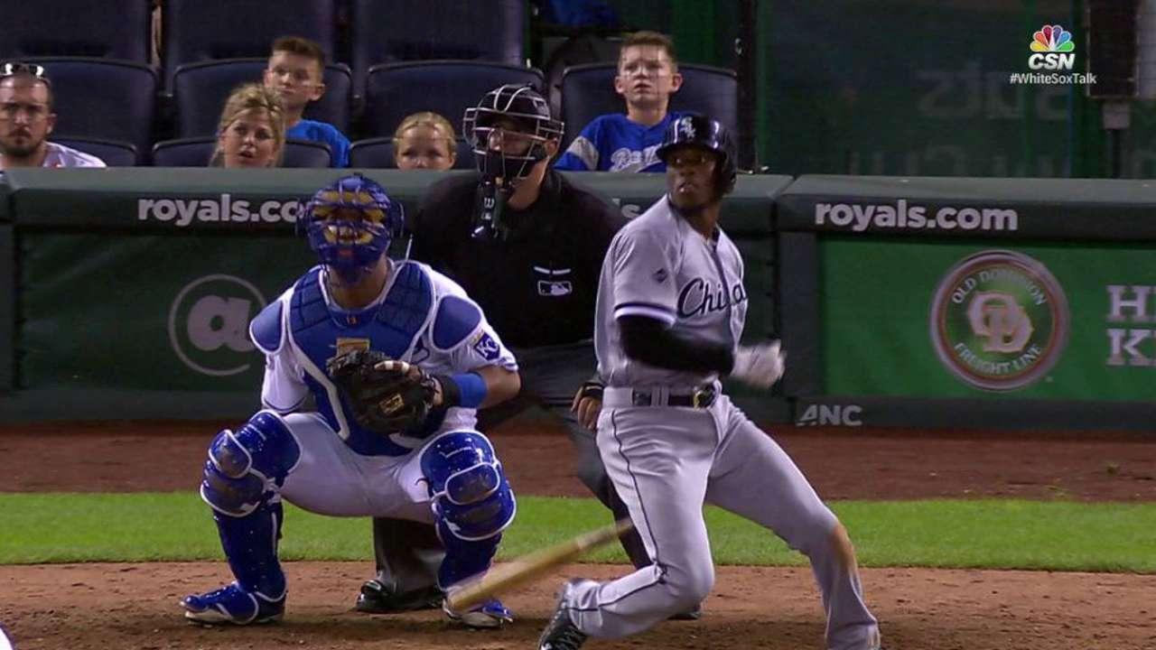 Bullpen struggles haunt Sox in extras defeat