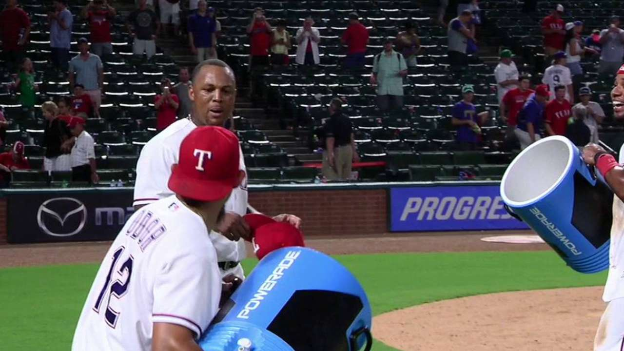 Beltre makes Rox pay for free pass to Beltran