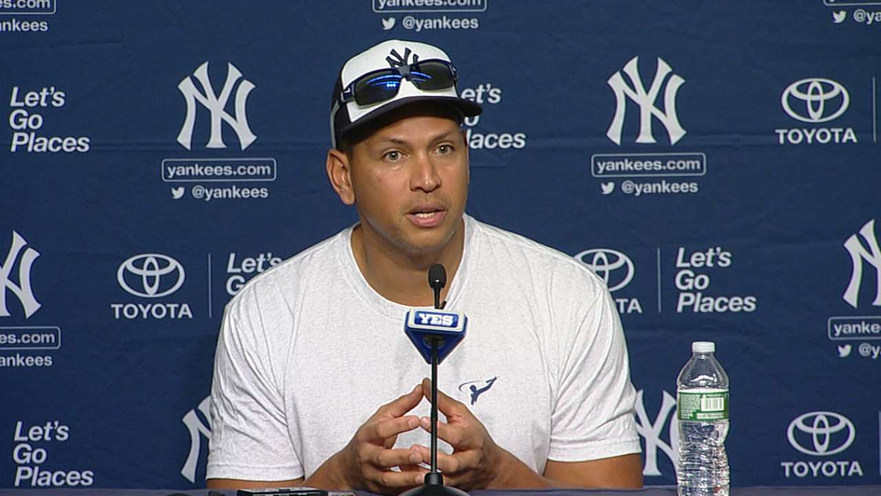 A storm, a big hit, cheers punctuate A-Rod's farewell