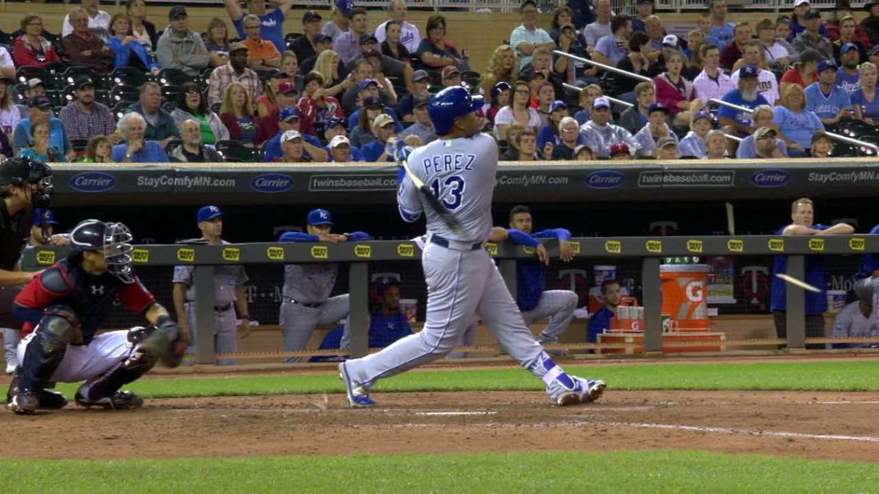 Ventura shakes off HRs, K's 9 as Royals rally