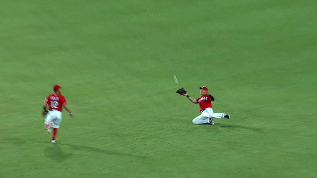 Choo's sliding catch