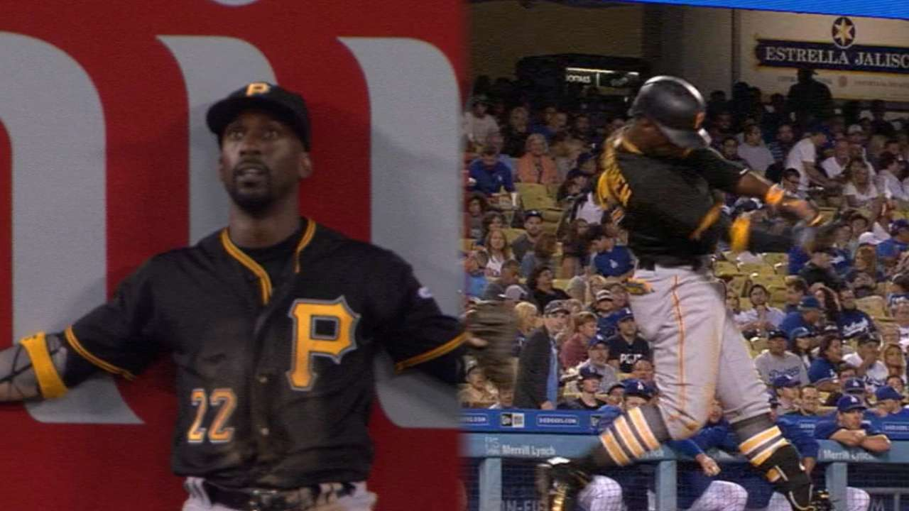 Cutch shows vintage form at plate, in field