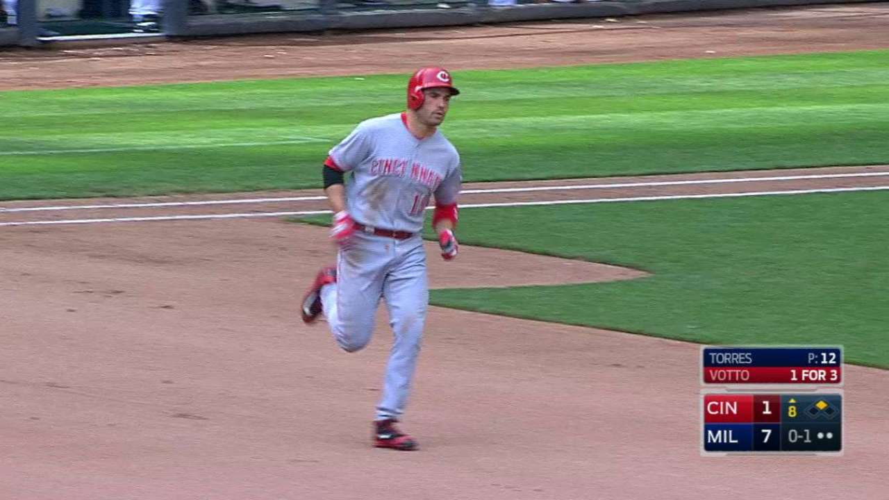 Votto's two-run big fly