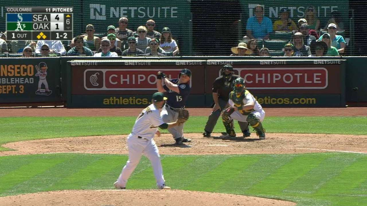 Seager carries Mariners to series win over A's