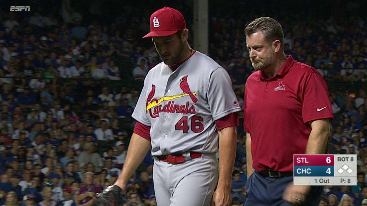 Siegrist lifted in middle of 8th with arm soreness