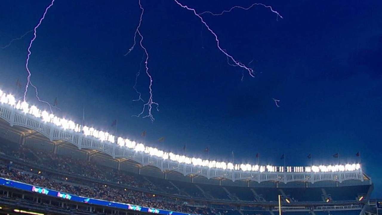 Blue Jays-Yanks enters rain delay in 5th