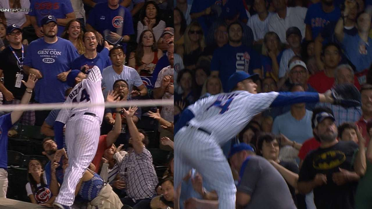 Rizzo's catches in crowd