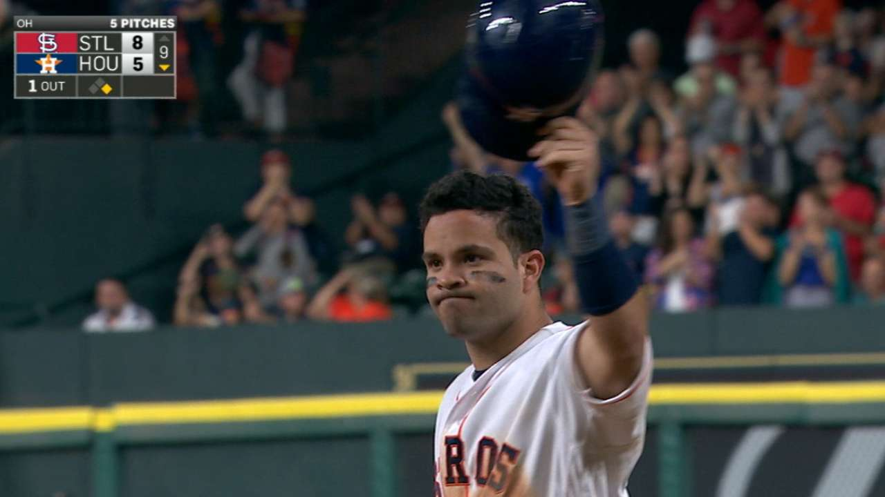 Altuve fastest in Astros history to 1,000 career hits