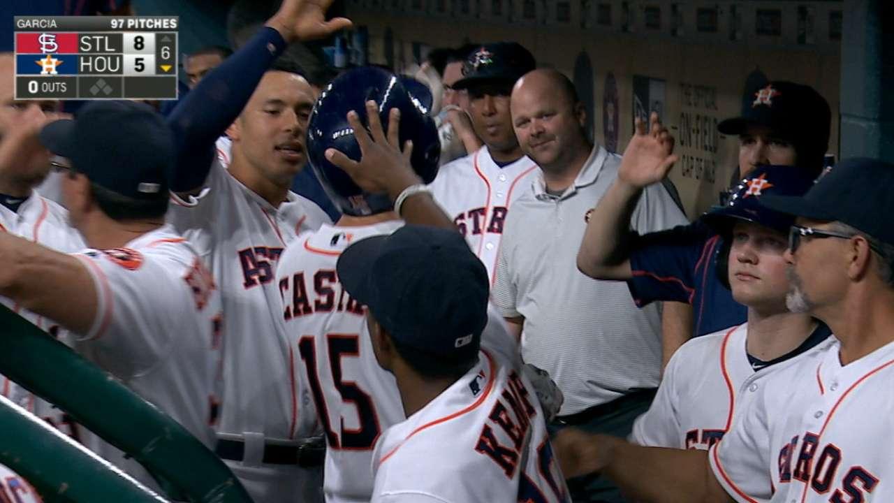 Astros can't convert milestones into victory