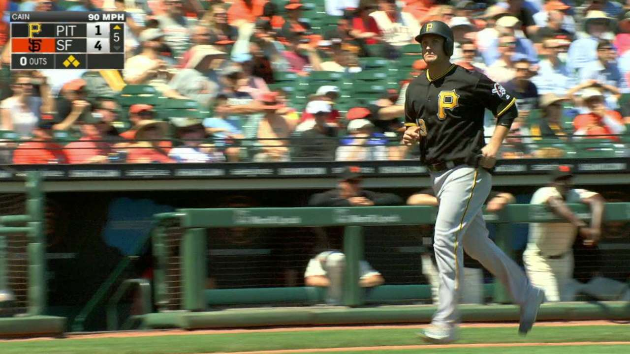 Fryer's bases-loaded walk