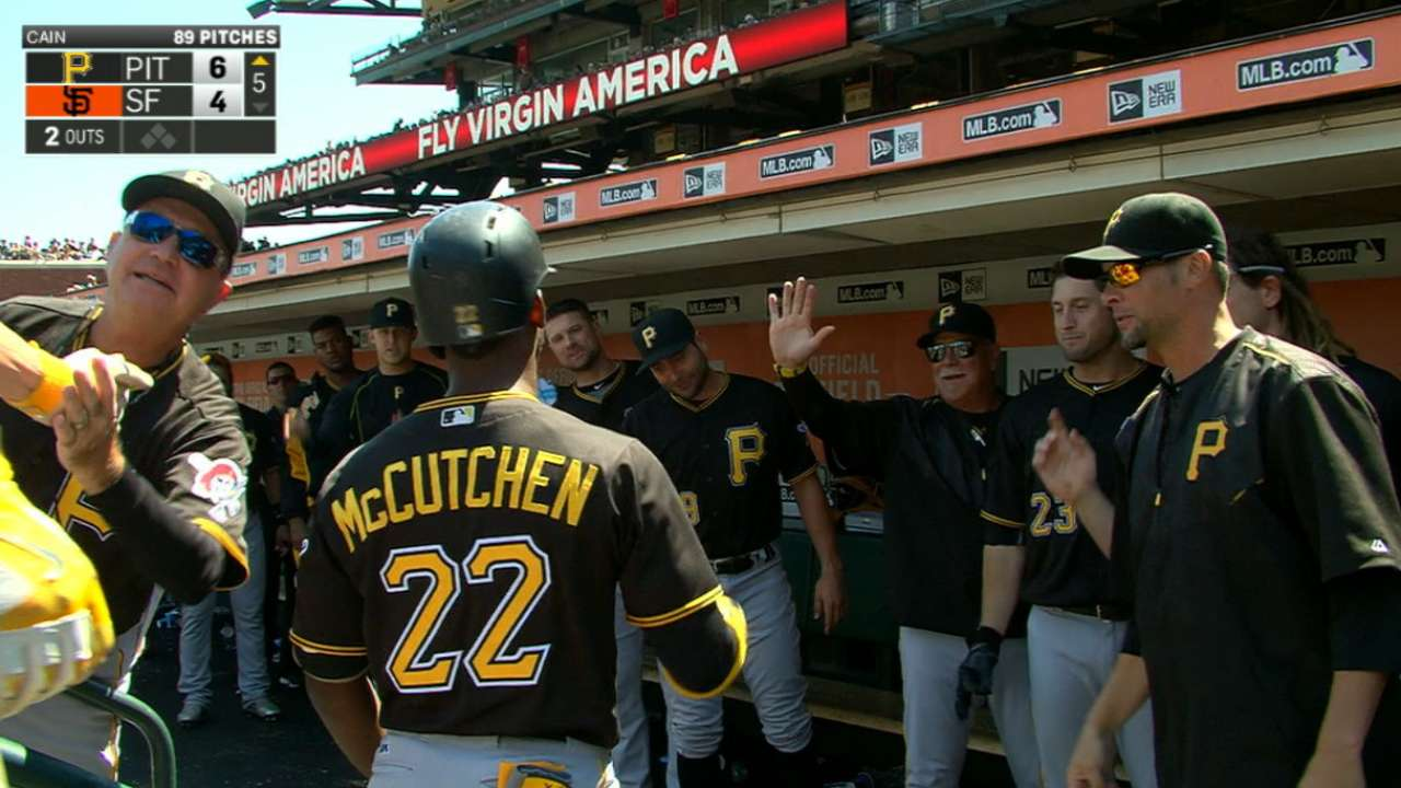 Pirates ride big burst in 5th to sweep of Giants
