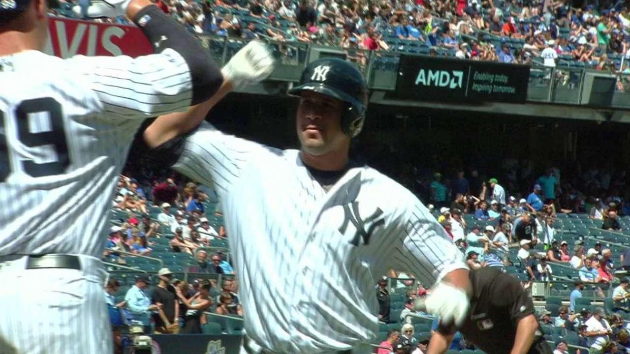 Girardi hints Sanchez may be primary catcher