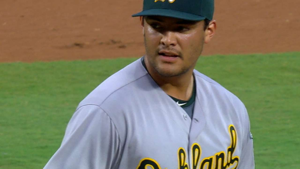 Manaea pitches into the 7th