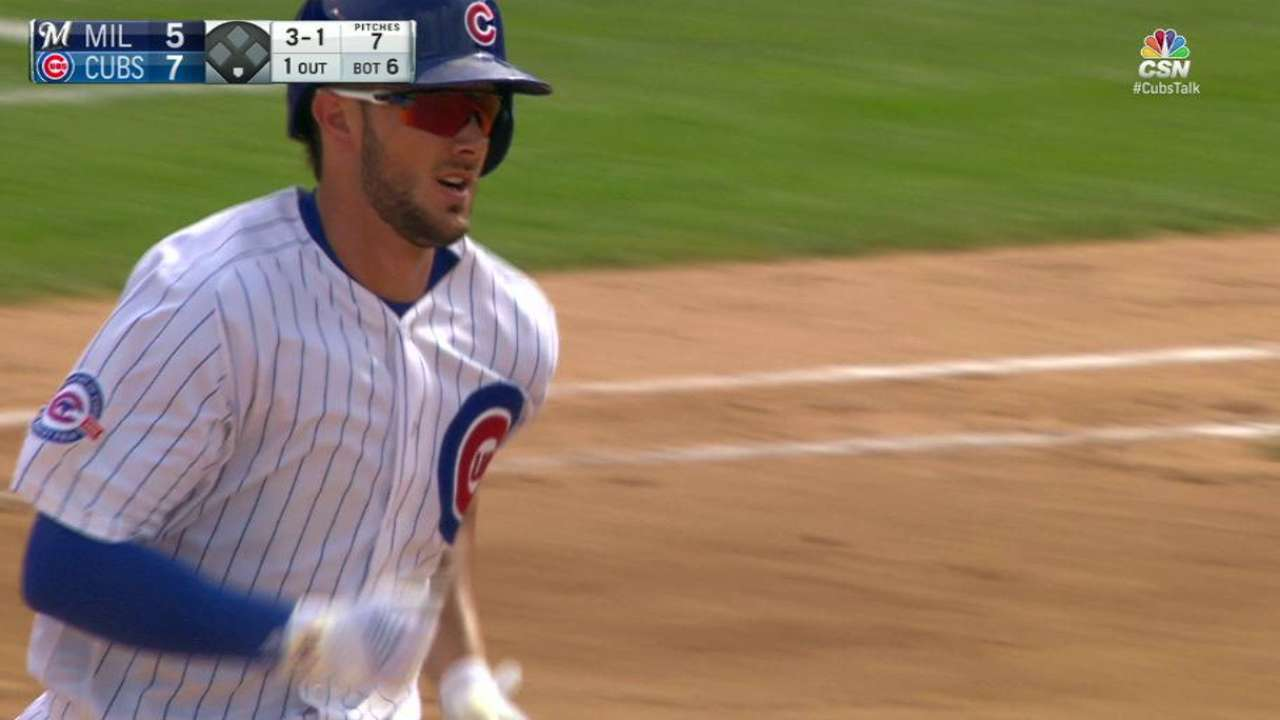 Bryant's 2 HRs, 5 RBIs keep Cubs flying