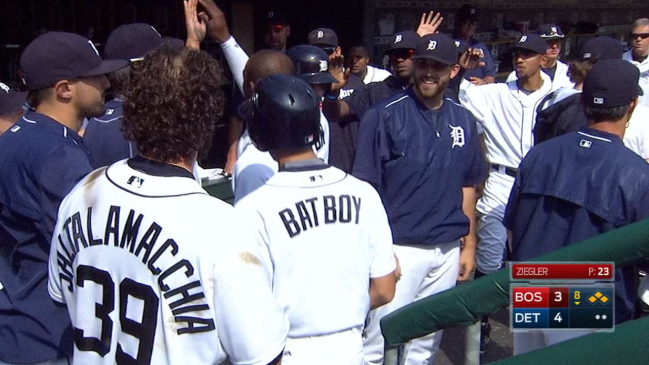 Tigers use late rally to halt Red Sox's surge