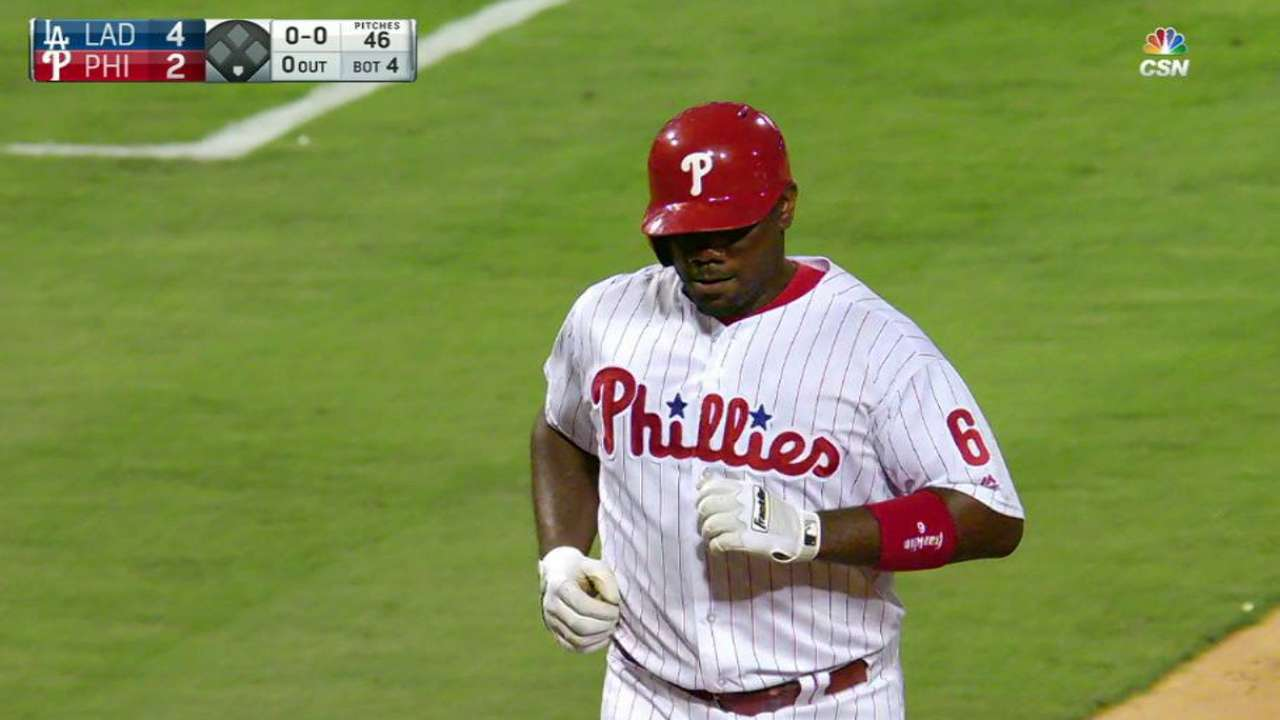 Surging Howard provides boost to Phils' lineup