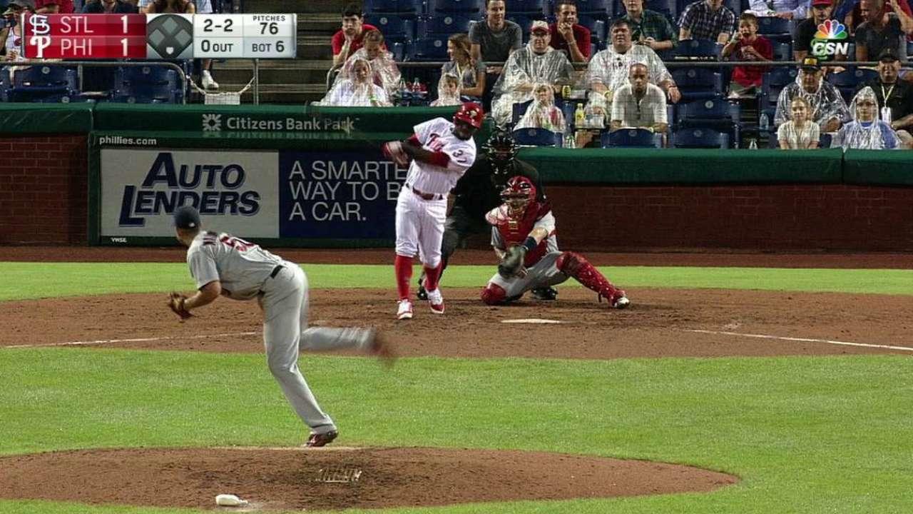 Herrera's solo home run