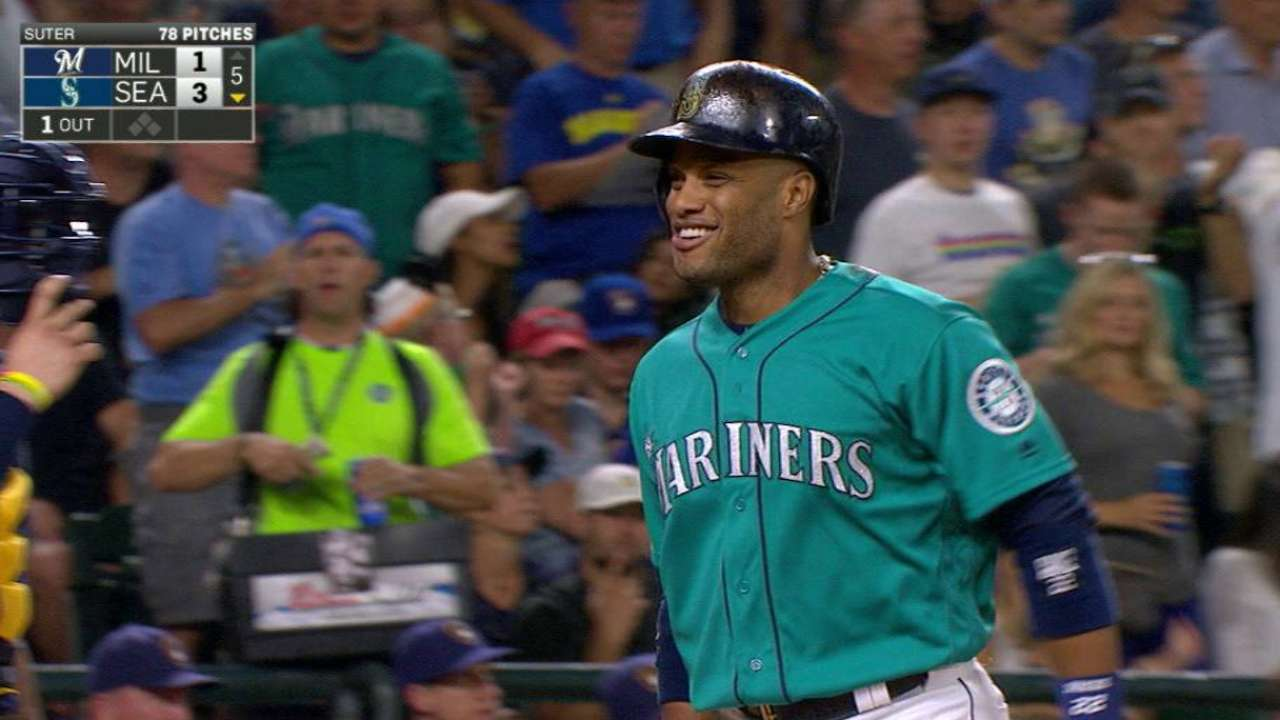 Mariners mash 3, hold off Crew in nail-biter