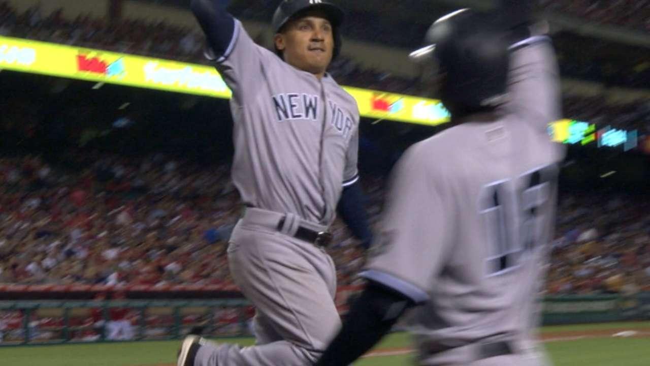 Yanks homer 4 times behind Tanaka-led shutout