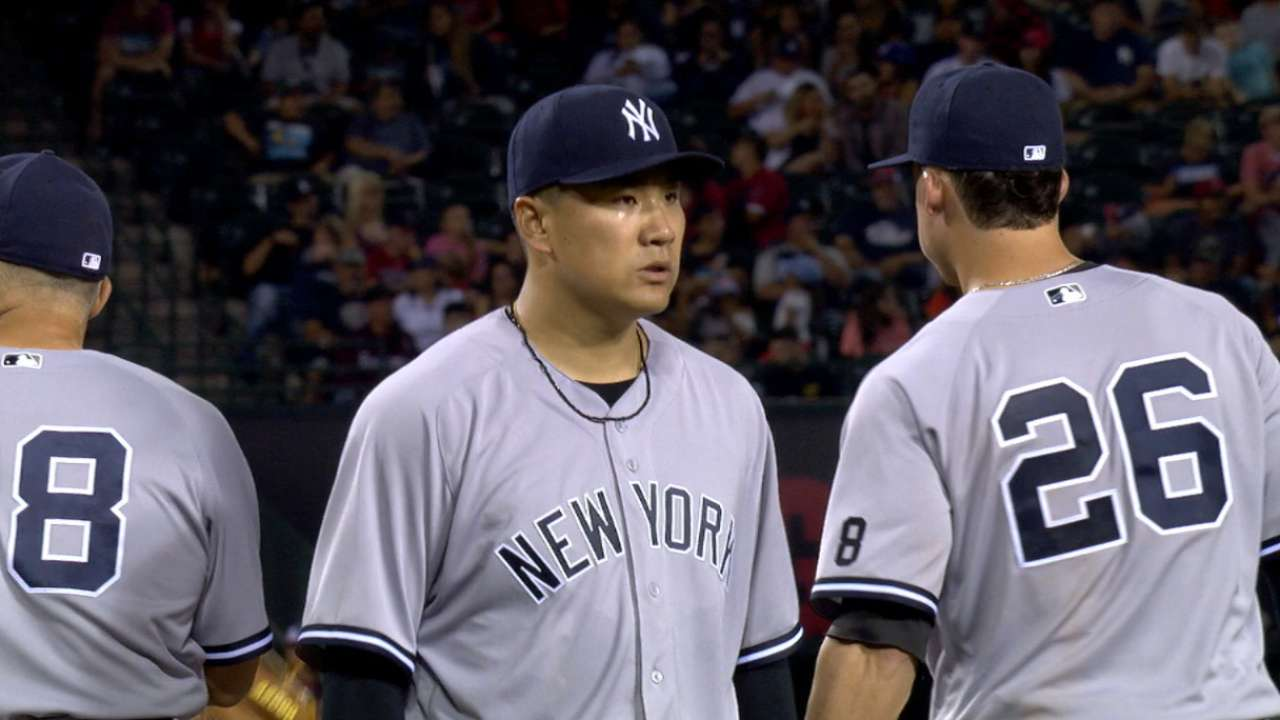 Tanaka doesn't miss a beat with Sanchez
