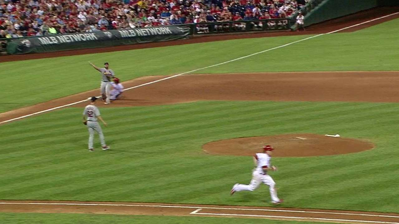 Weaver starts smooth double play