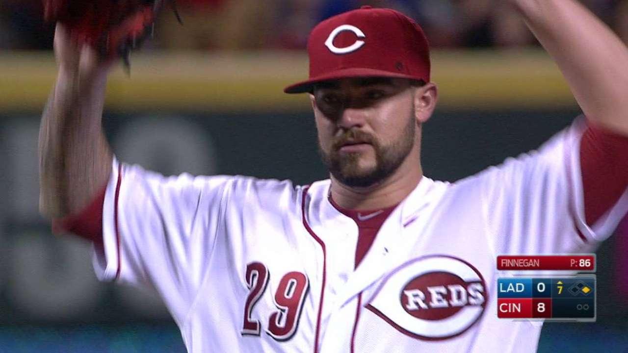 Rojos le pegan a los Dodgers con joya de Finnegan