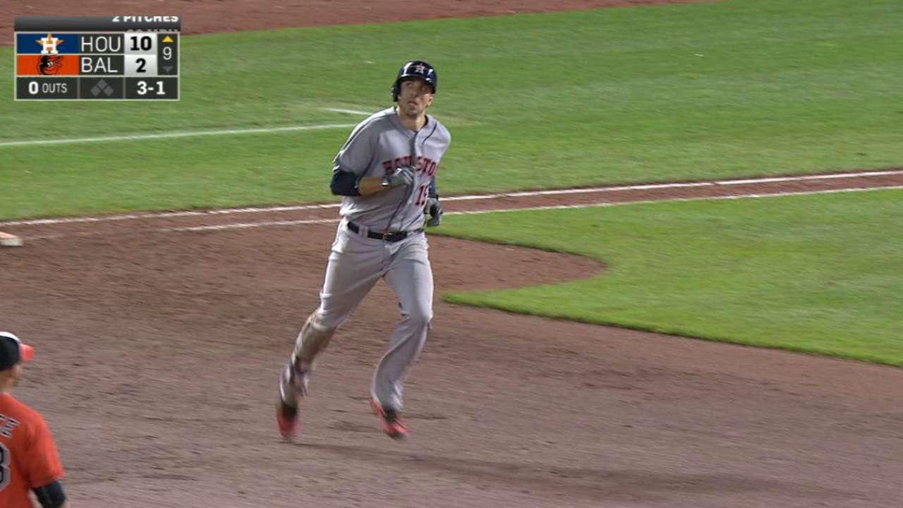 Jason Castro remolca 4 y lidera paliza de Astros sobre Orioles