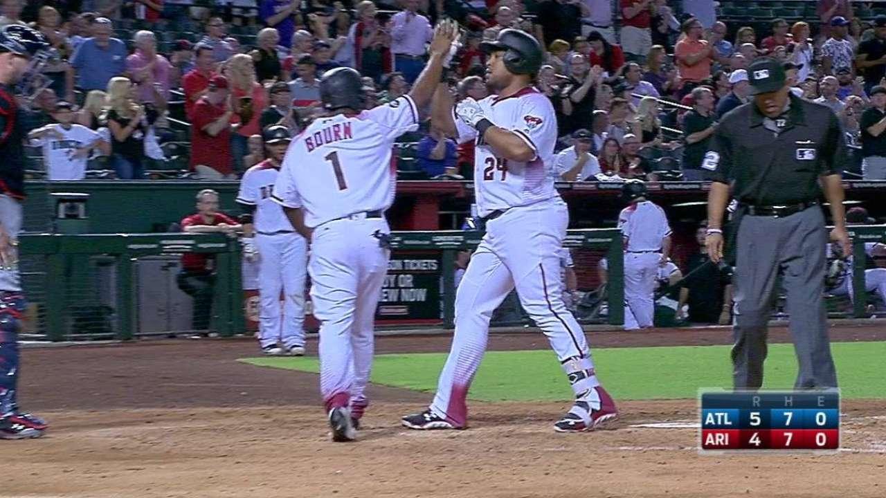 Tomas' two-run homer