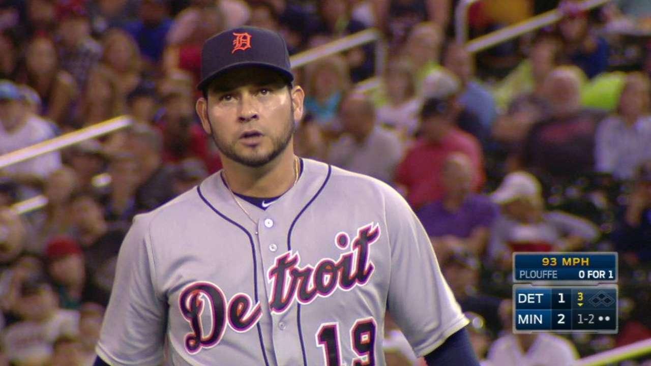 Sanchez catches Plouffe looking