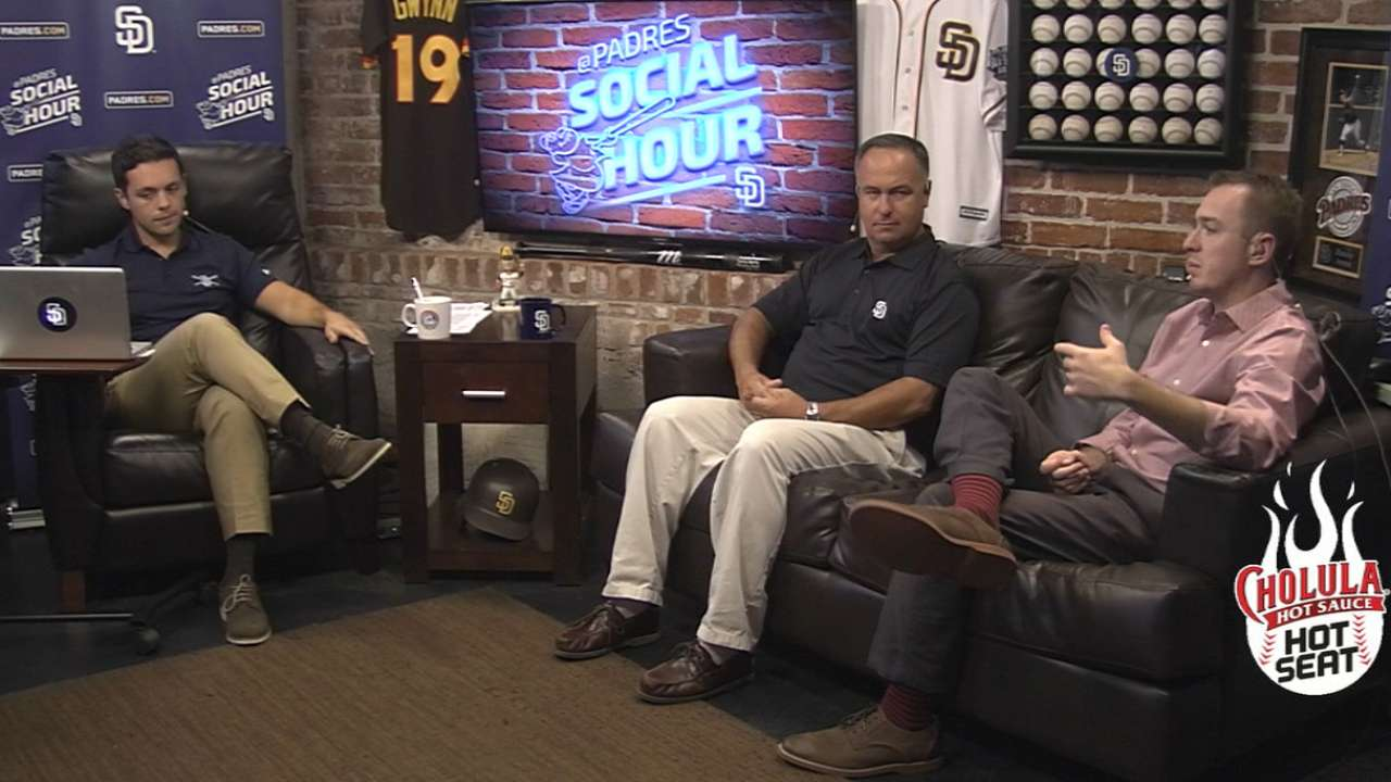 Orsillo joins Padres Social Hour