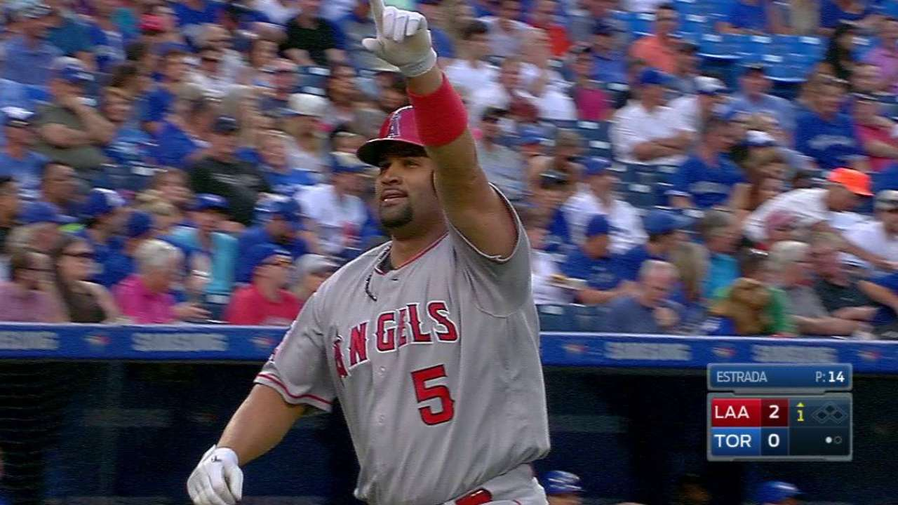 Pujols' 584th career home run