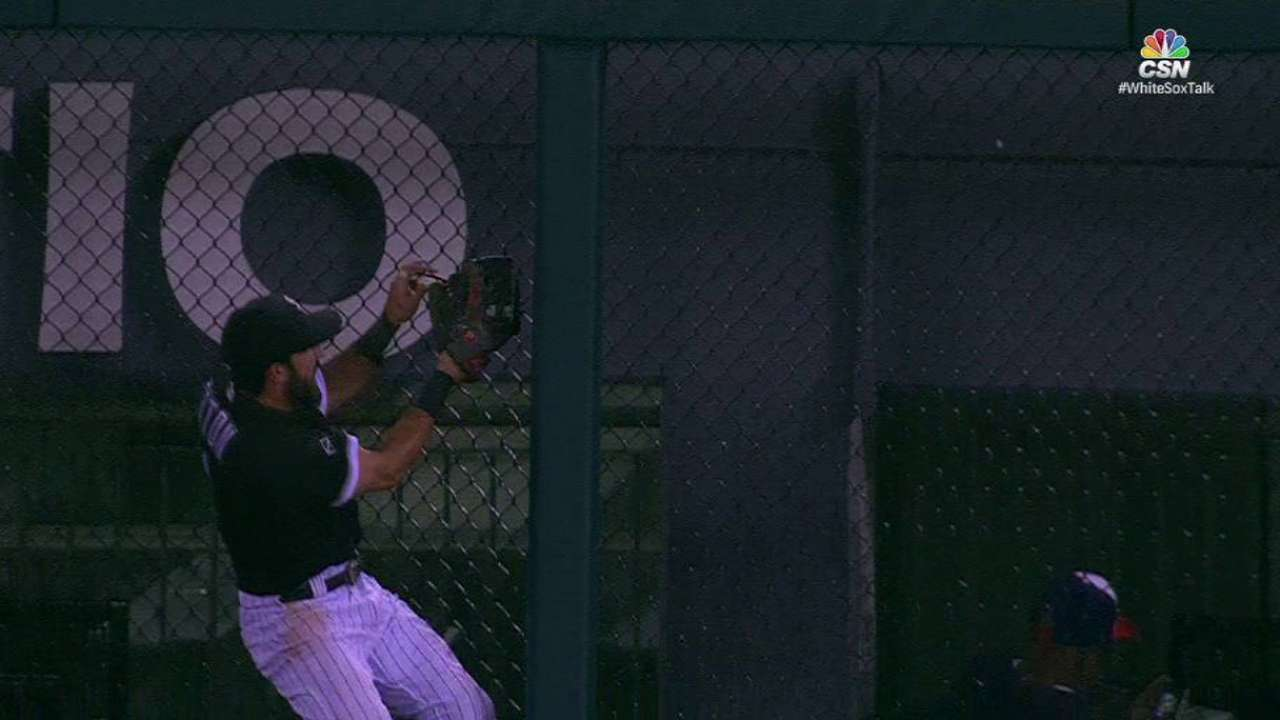 Does Eaton have edge on first Gold Glove?