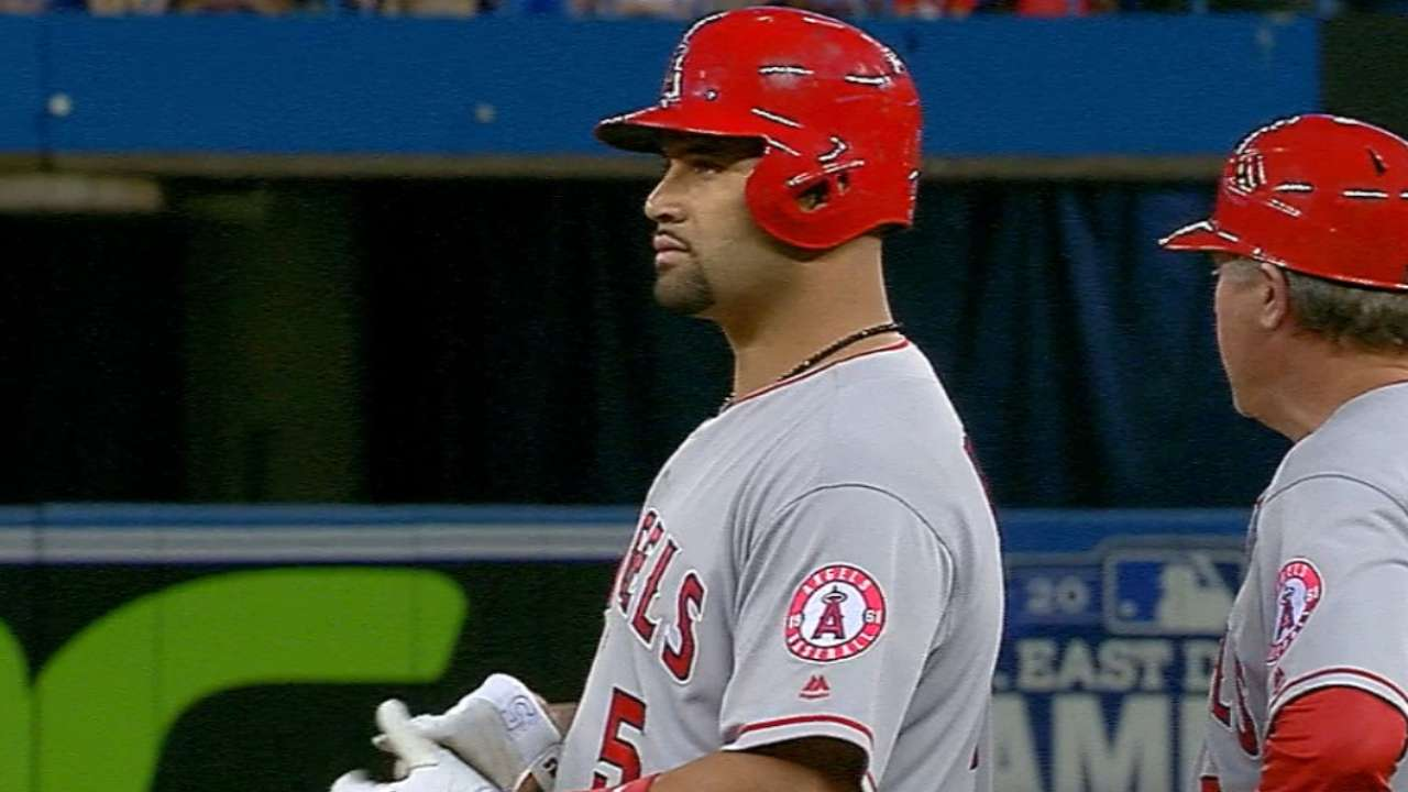 Pujols' monster offensive game