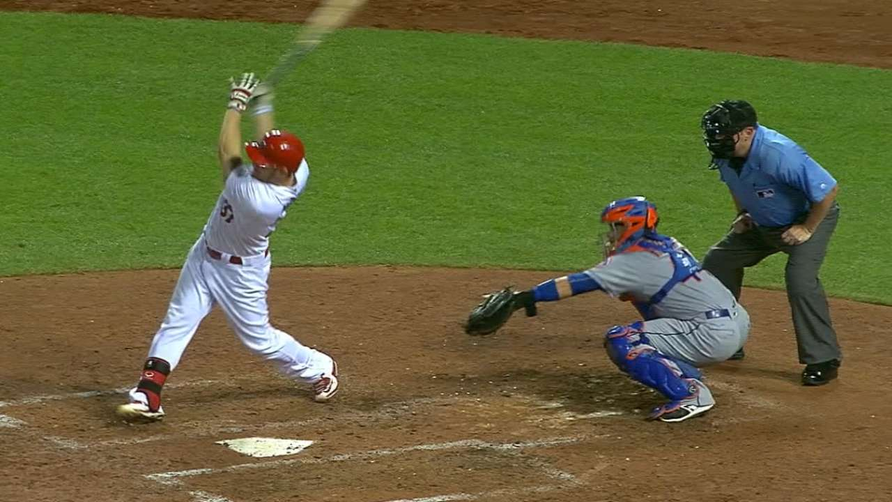 Moss mashes two homers
