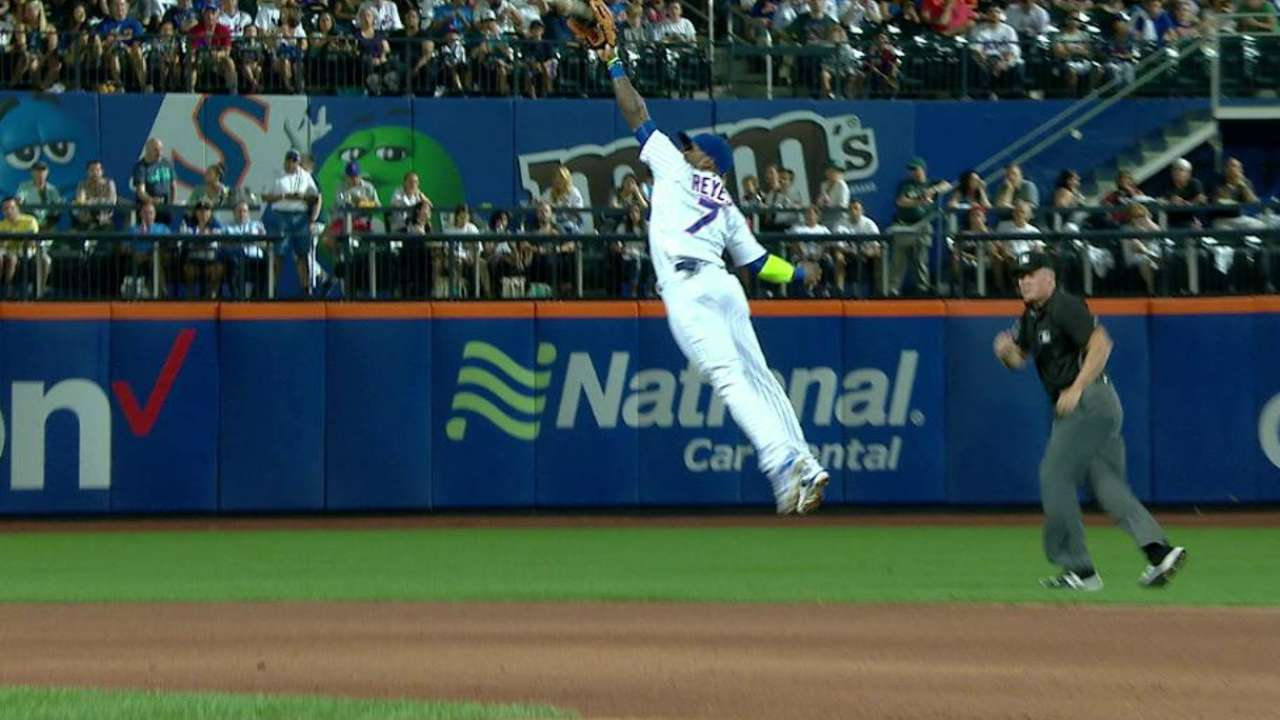 Reyes' leaping catch