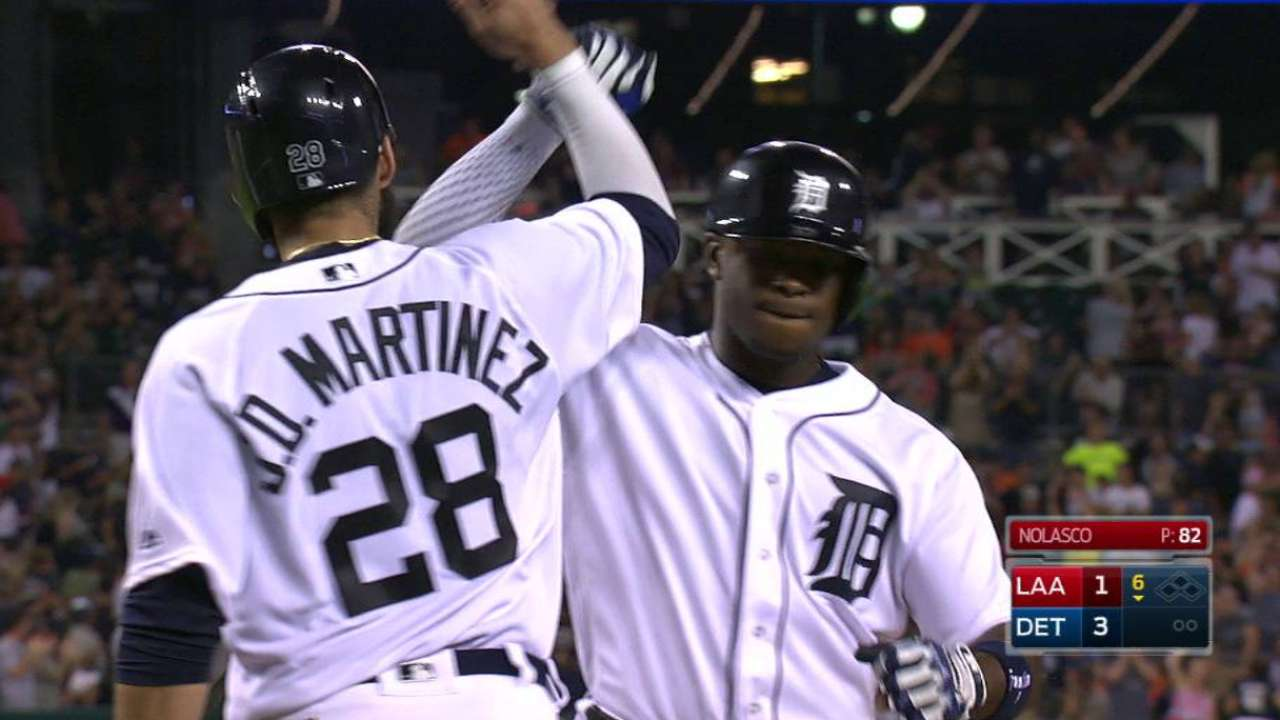 Quiet early, Tigers solve Nolasco, win 5th straight