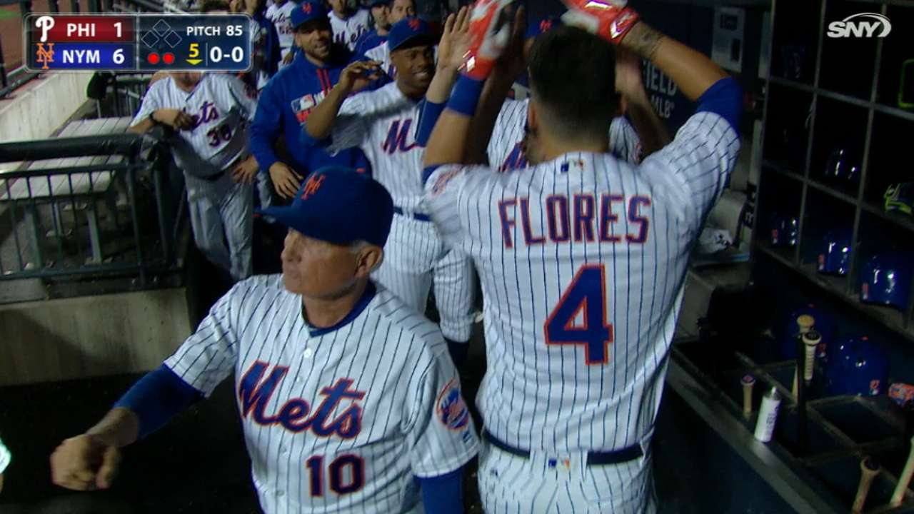 Mets launch four homers