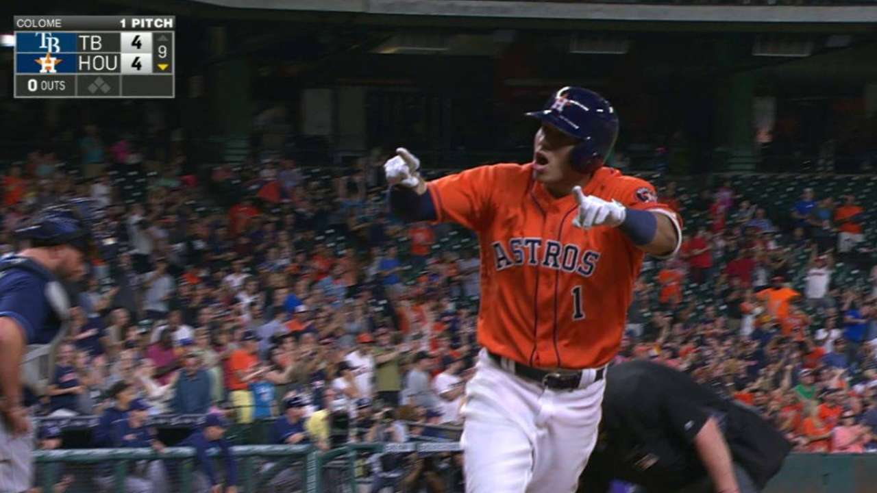 Correa's homer ties the game