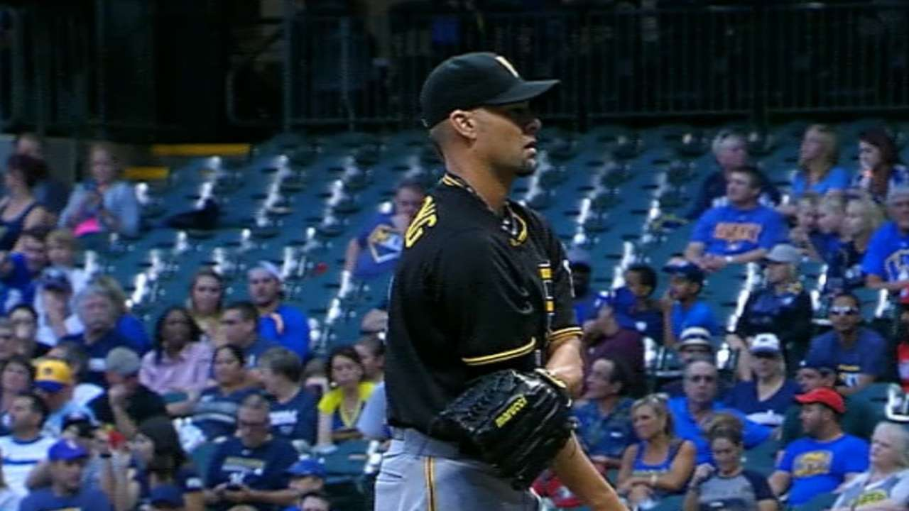 Vogelsong fans six in gem