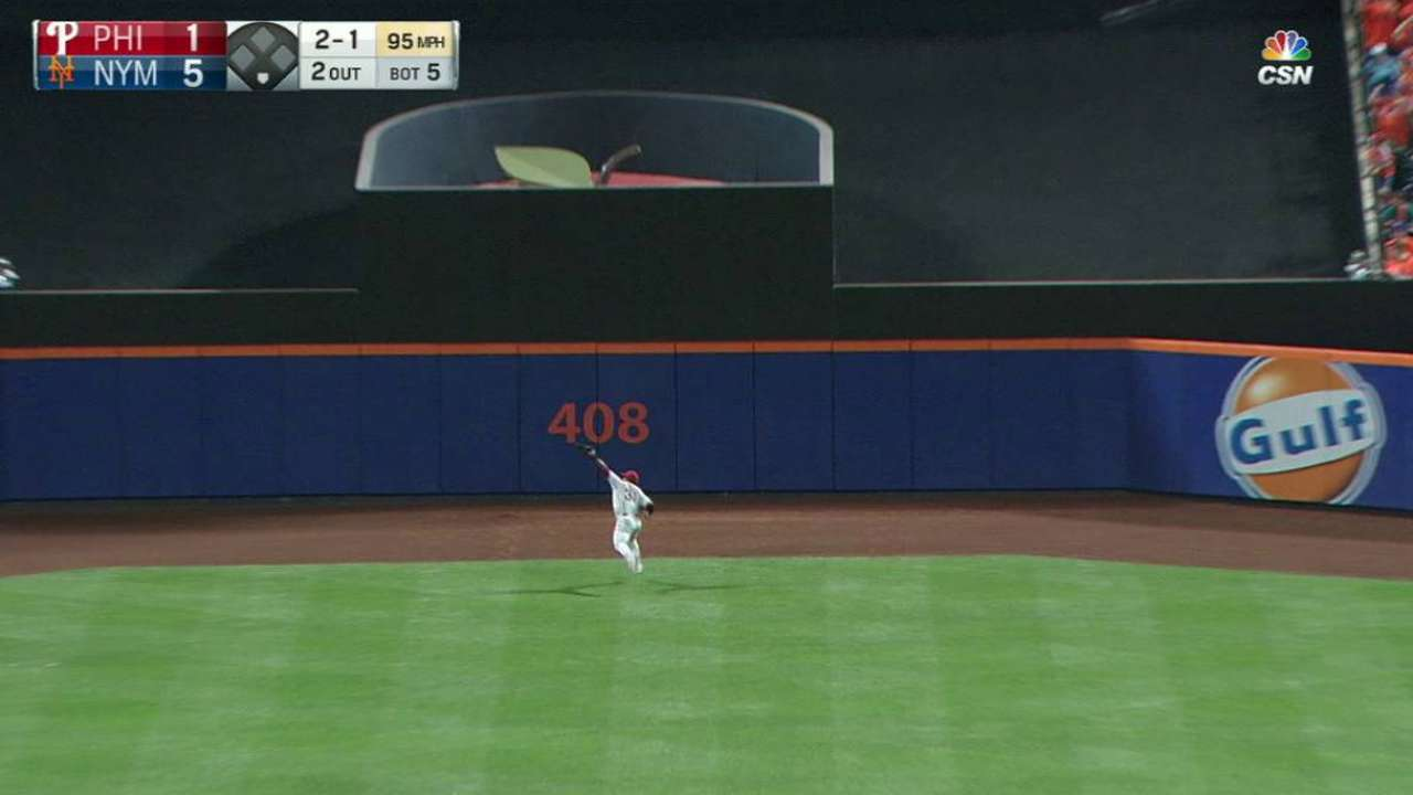Herrera's running catch