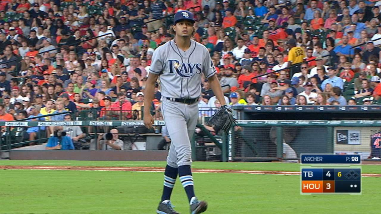 Archer stops Astros from keeping pace in WC race