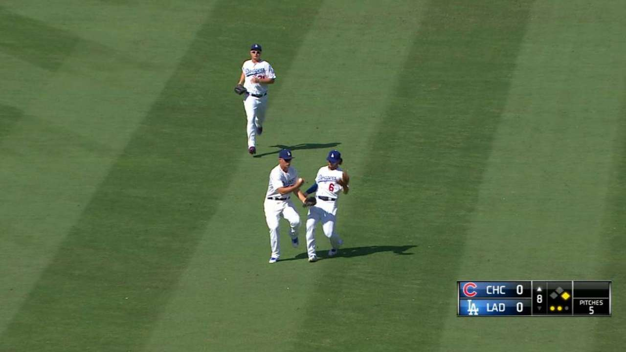 Seager bobbles, catches pop fly