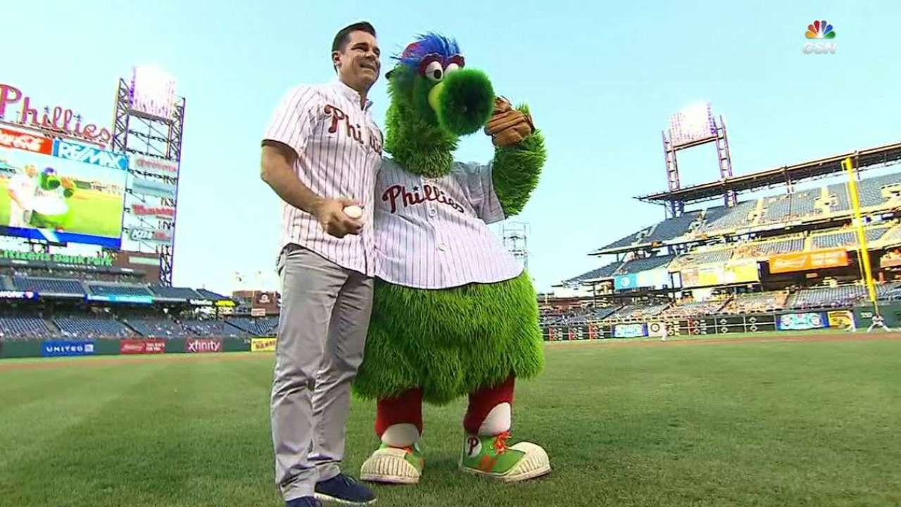 Bean throws first pitch at Phils' Pride Night
