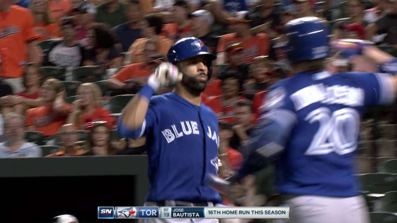 Blue Jays bolster lead on O's with win in opener