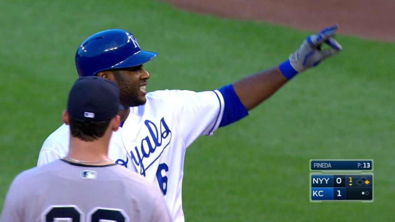 Cain's RBI single to center