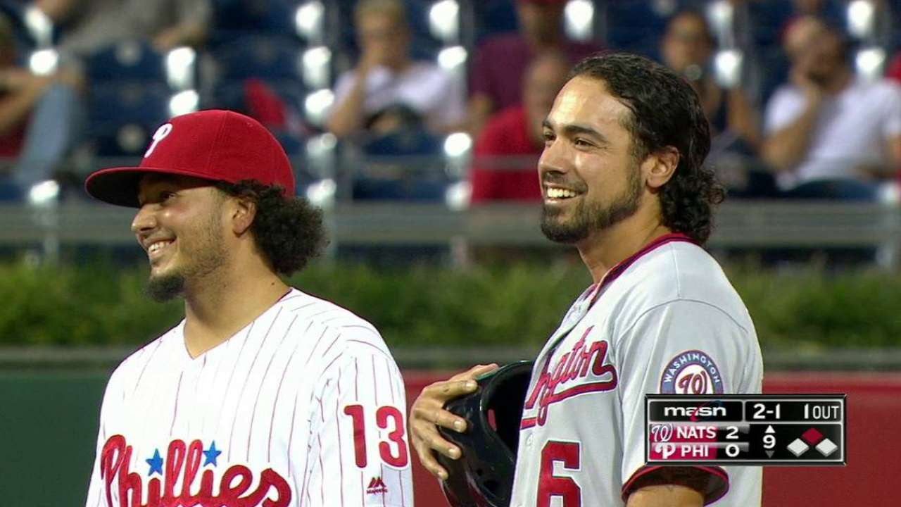 Rendon goes to third base