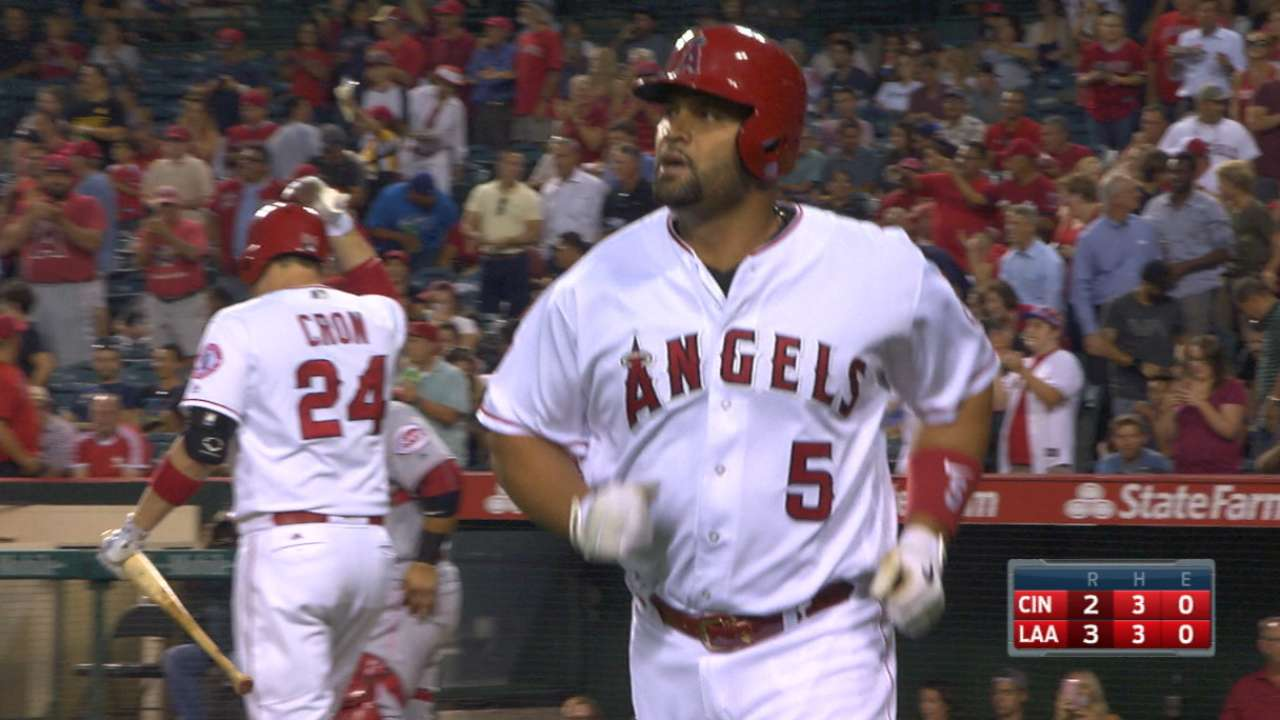 Trout, Pujols go deep in the 1st