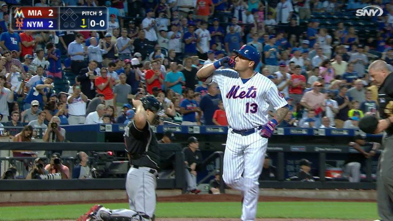 Ailing Cabrera stays hot, homers in victory