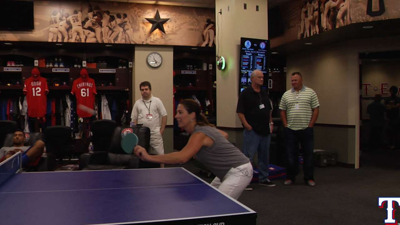 Emily vs Dyson in pingpong